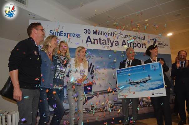 خبر رکورد 30 میلیون نفری فرودگاه آنتالیا