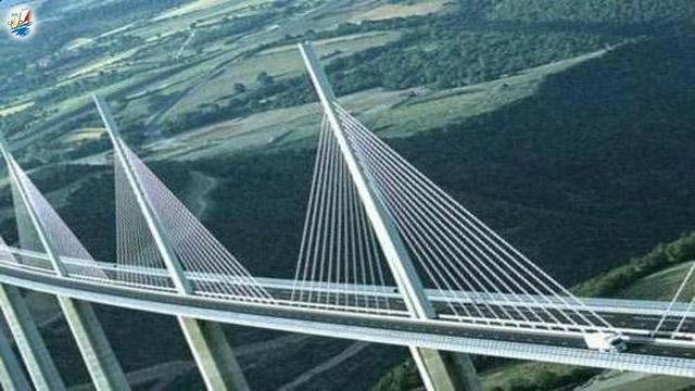 خبر پروژه ساخت جزیره گردشگری کنار بلندترین پل جهان در چین