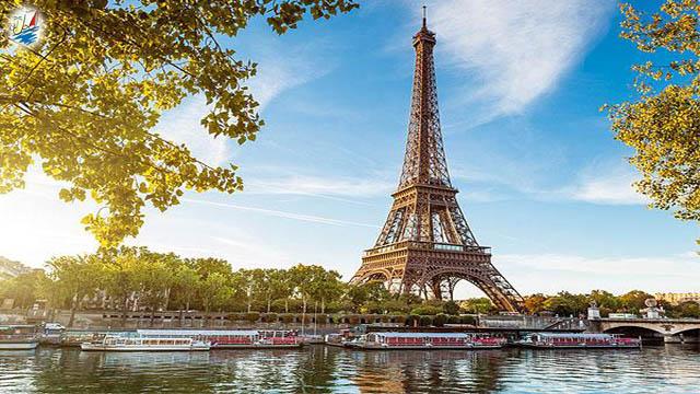 خبر ایرلاین ایرفلوت شصت و پنجمین سالگرد پروازهای منظم به پاریس را جشن میگیرد