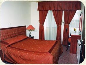 003 هتل آپارتمان هدیش شیراز