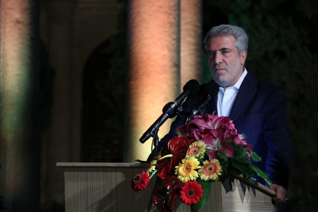 خبر معاون رئیس جمهوری: حافظ، سفیر صلح و دوستی ایرانیان و جهانیان است