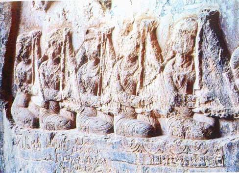 خبر سنگنگارهی دختران چنگنواز ایرانی دورهی ساسانی قدمت: حدود ۱۷۰۰ سال طاق بستان کرمانشاه