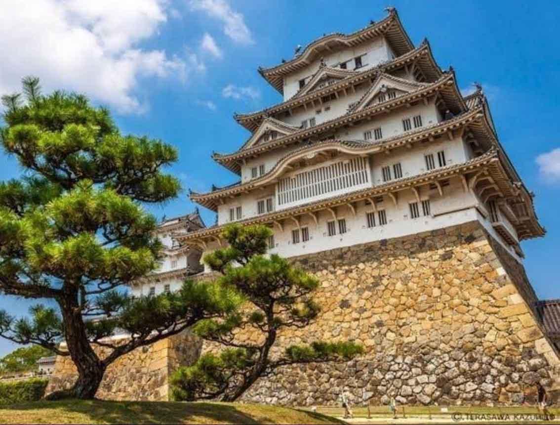 خبر قلعه هیمجی ، یکی از زیباترین نمونههای برجای مانده از معماری چندوجهی قلعههای ژاپنی